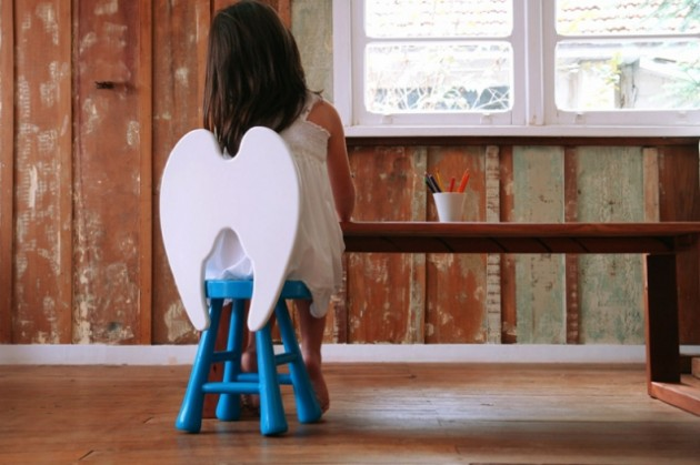 this little stool would look great in a kids room or playroom