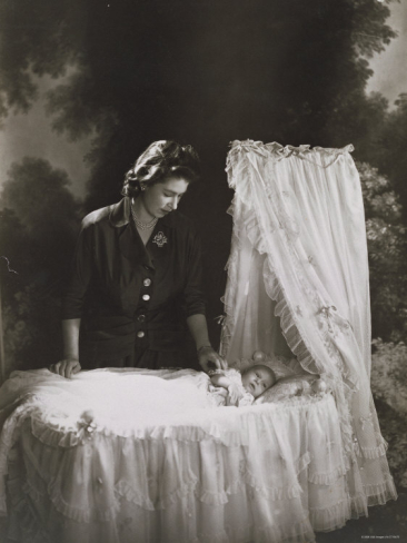 cecil-beaton-her-royal-highness-the-princess-elizabeth-and-baby-prince-charles-england
