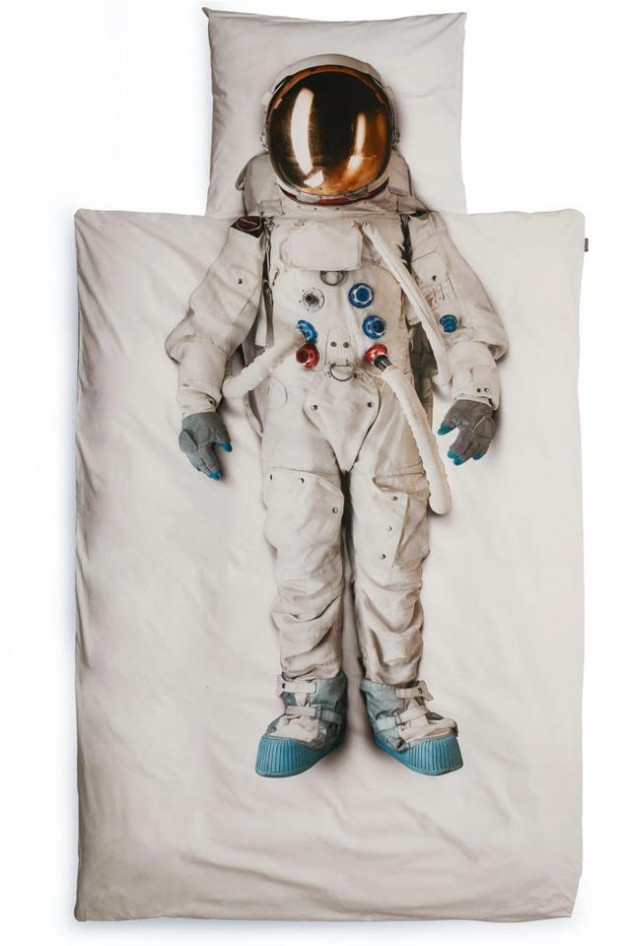 kids bedding austronaut by snurk
