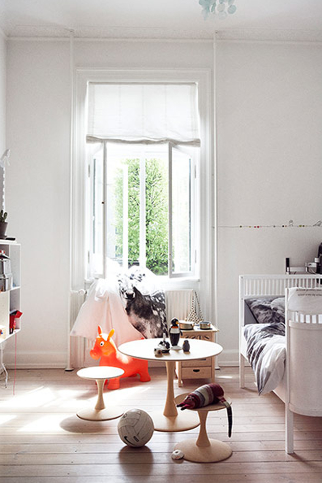 white kids room natural with wooden floors