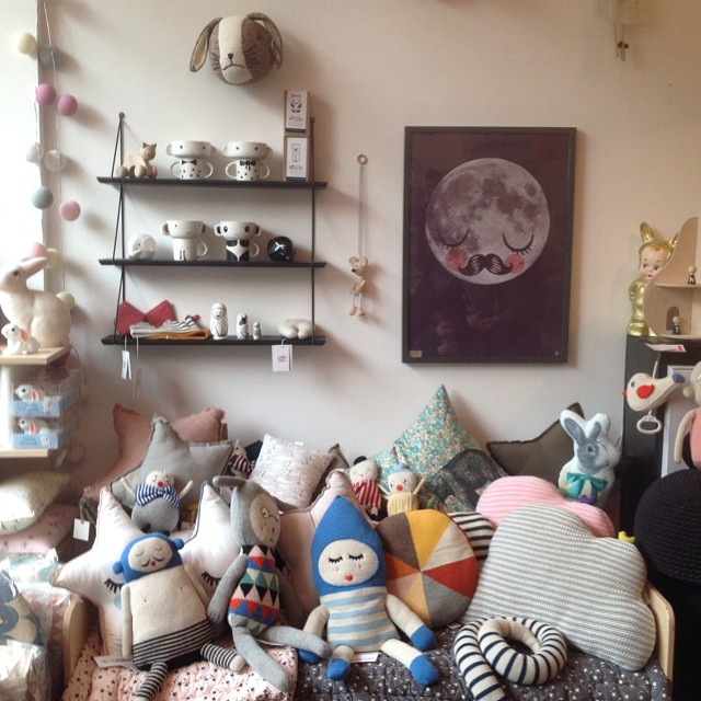 If you're anywhere near East Dulwich, go visit the @molly_meg_ pop-up shop, it's chock-a-block with amazing #kids #decor! 15-17 Lordship Lane London SE22 8EW every day 'till 24 December.