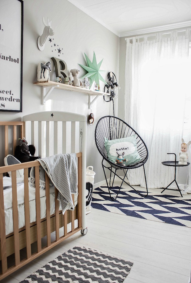gender neutral nusery interior design monochrome